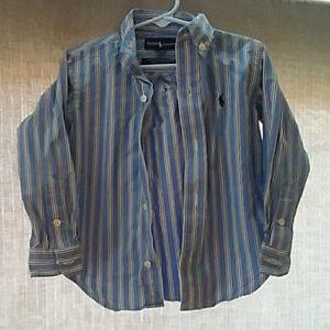 2t Ralph Lauren Button up